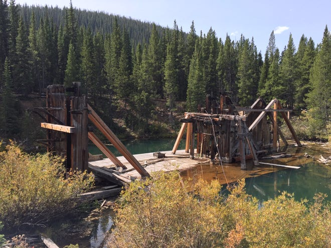 The hike to Reiling Dredge, a 250-foot abandoned gold dredge in Colorado, yielded few people.
