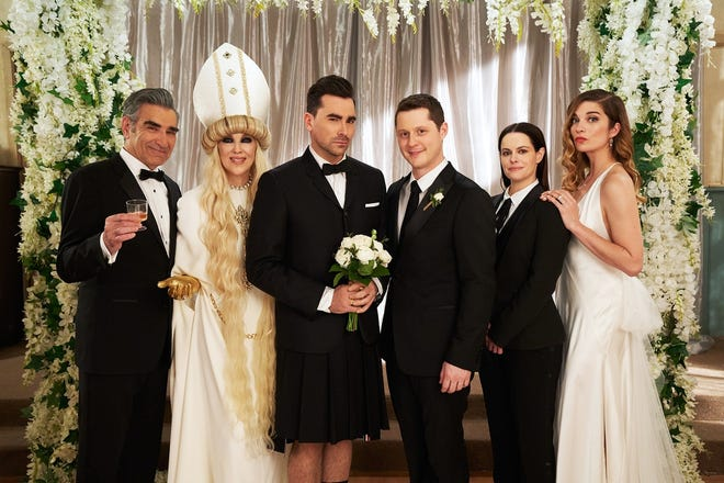"""The cast of CBC and Pop TV's """"Schitt's Creek"""" – Eugene Levy (left to right), Catherine O'Hara, Dan Levy, Noah Reid, Emily Hampshire and Annie Murphy. [PHOTO COURTESY OF POP TV]"""