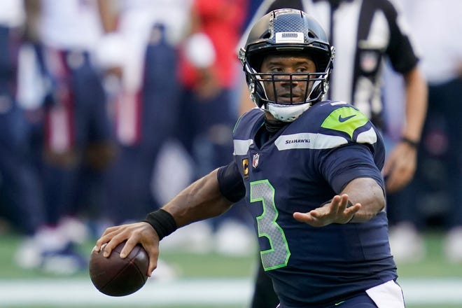 Seahawks QB Russell Wilson needs another four-TD performance against the Dolphins to join Peyton Manning and Dan Marino as the only players to throw at least four TD passes in four or more consecutive games.