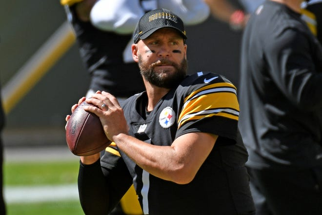 Pittsburgh Steelers quarterback Ben Roethlisberger (7) warms up before an NFL football game against the Denver Broncos in Pittsburgh, Sunday, Sept. 20, 2020. (AP Photo/Don Wright)