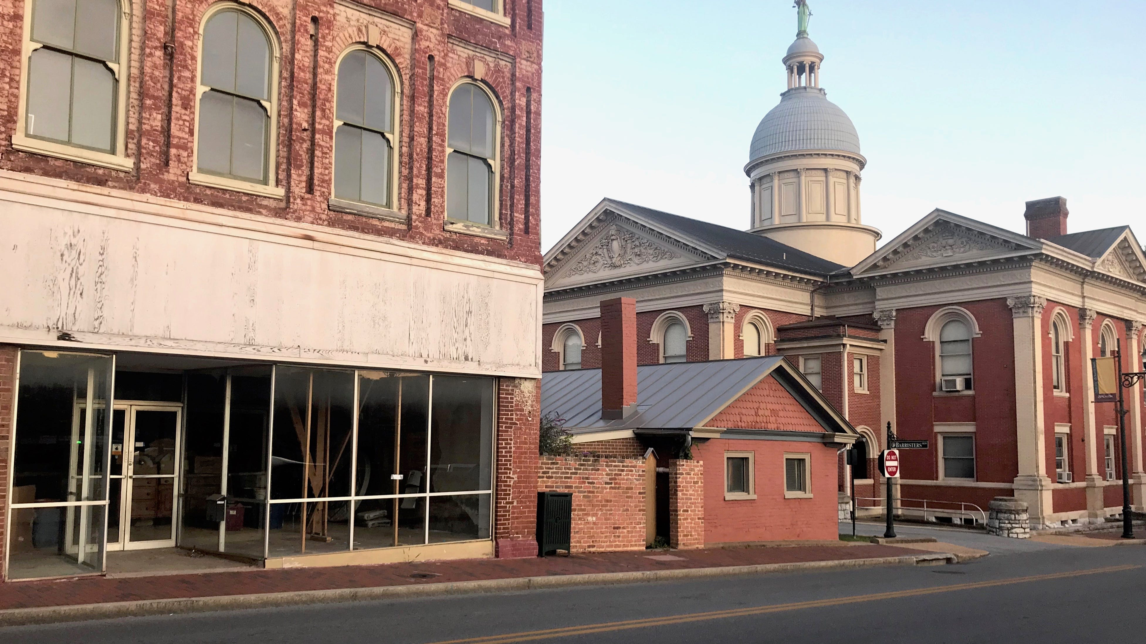 Some Staunton City Council members left in the dark on Courthouse-expansion plan