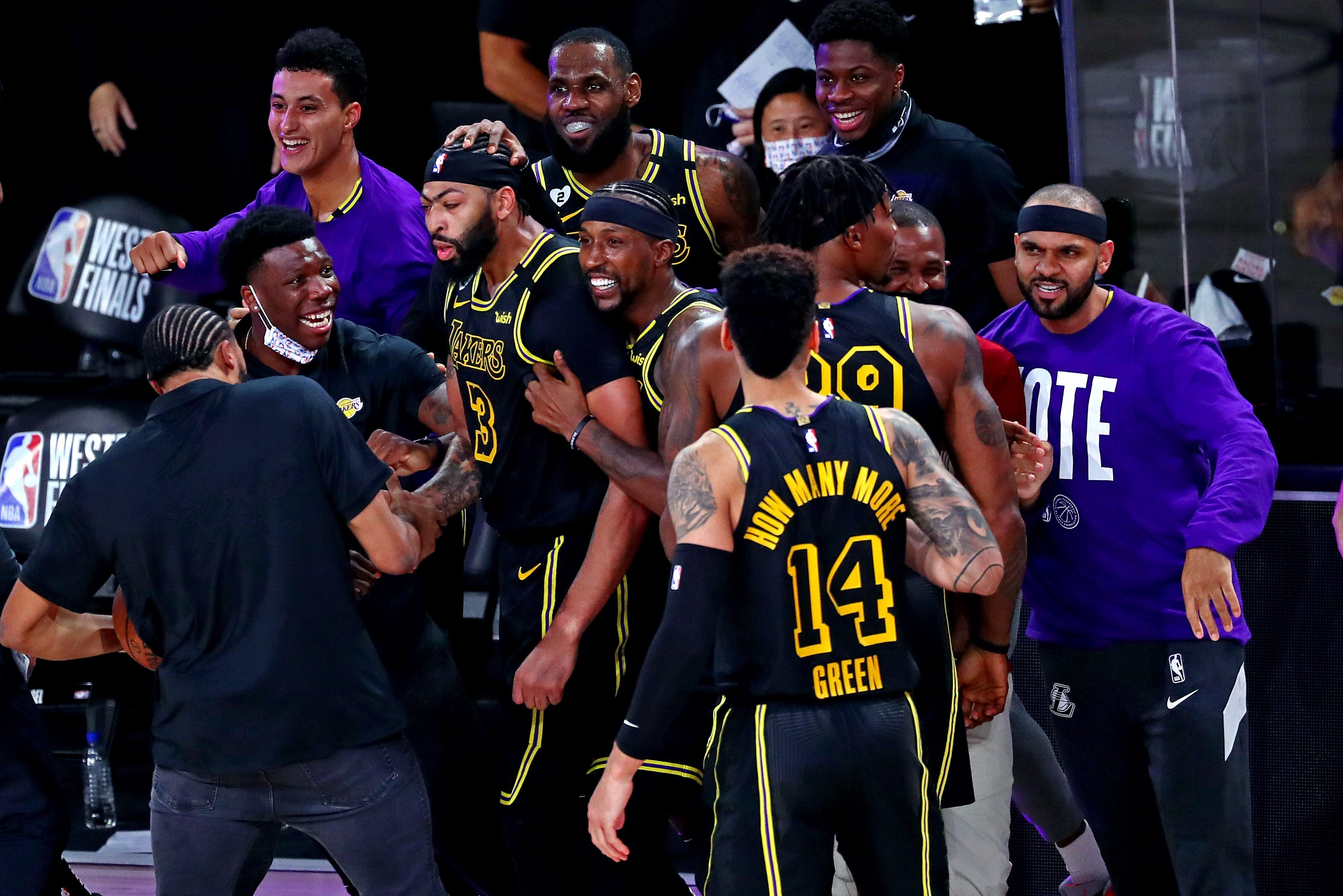 Opinion: Lakers  Anthony Davis channels Kobe Bryant for biggest moment of his career