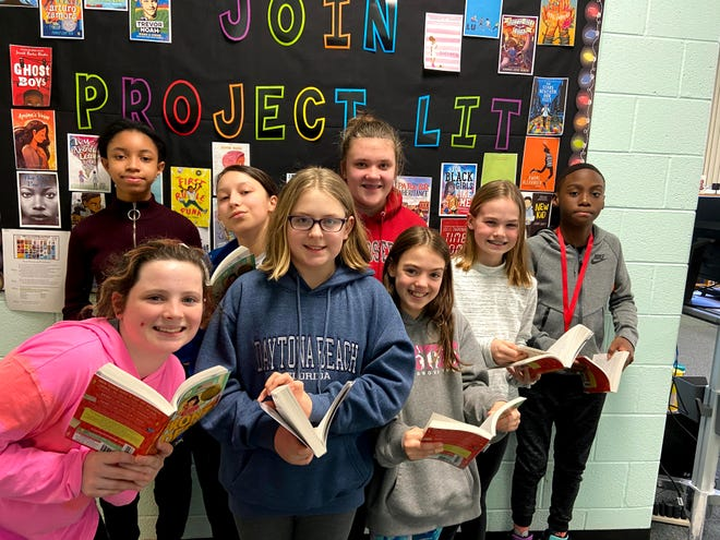 Keith Valley Middle School students at a Project Lit book discussion before the coronavirus pandemic. The program at the Hatboro-Horsham school is continuing virtually.