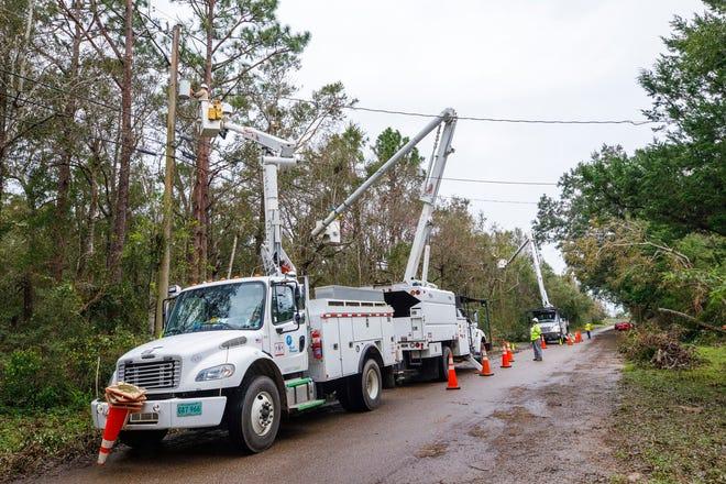 Gulf crews restoring power after Hurricane Sally in Pensacola, Fla. on September 21, 2020.