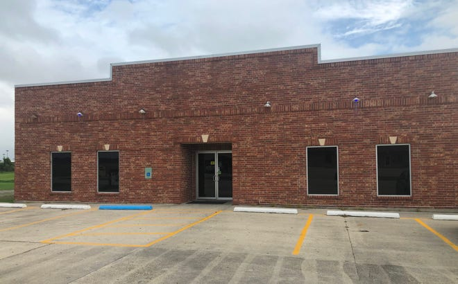 Lenny's bar in Houma, which had its liquor license suspended by the state's Office of Alcohol and Tobacco Control for violations of restrictions outlined in Phase 3 of Gov. John Bel Edwards's reopening plan.