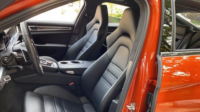 Porsche Panamera Turbo S interior