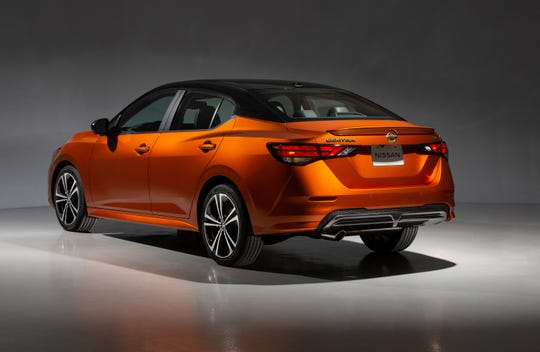 Available features on the 2020 Nissan Sentra include heated outside mirrors with integrated LED turn signals, body color door handles and an available power sliding glass moonroof with tilt feature. (Nissan/TNS)