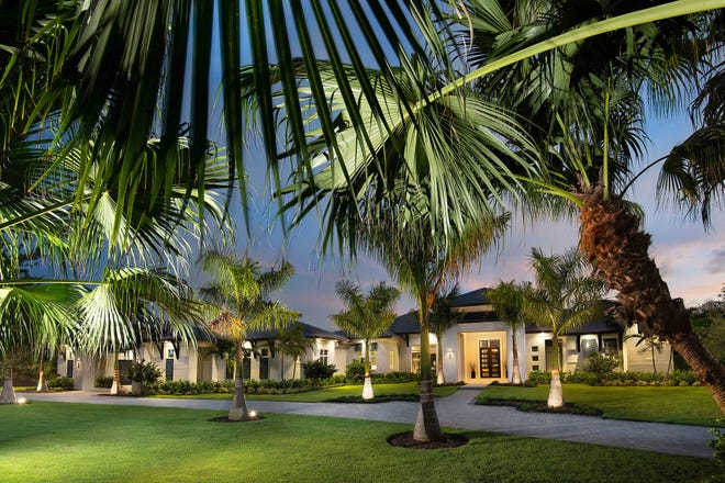Seagate Development Group announced its furnished Streamsong grand estate model at Quail West has sold.