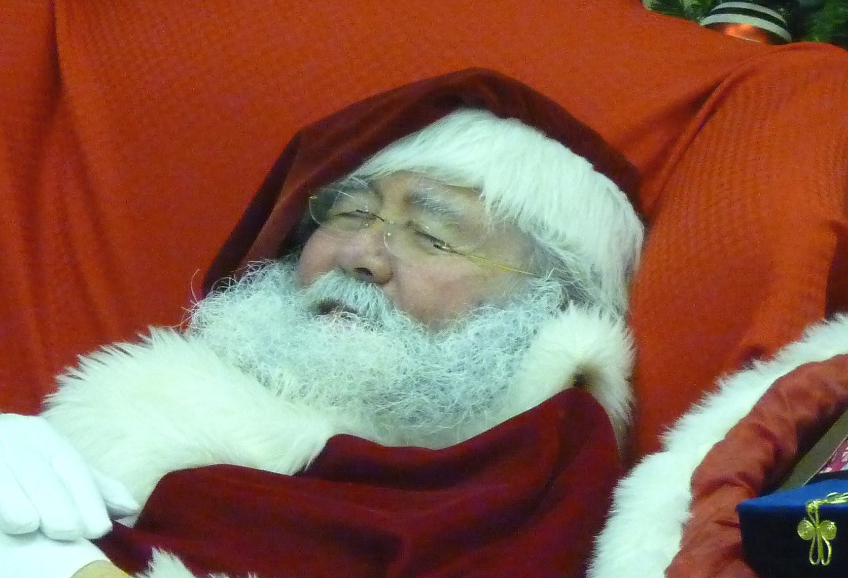 Is Santa Claus coming to town? Mall Santas may lose gigs in first holiday season since the COVID-19 pandemic