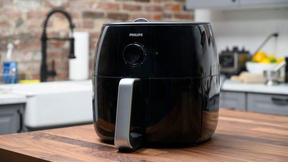 Best kitchen gifts: Philips Air Fryer XXL
