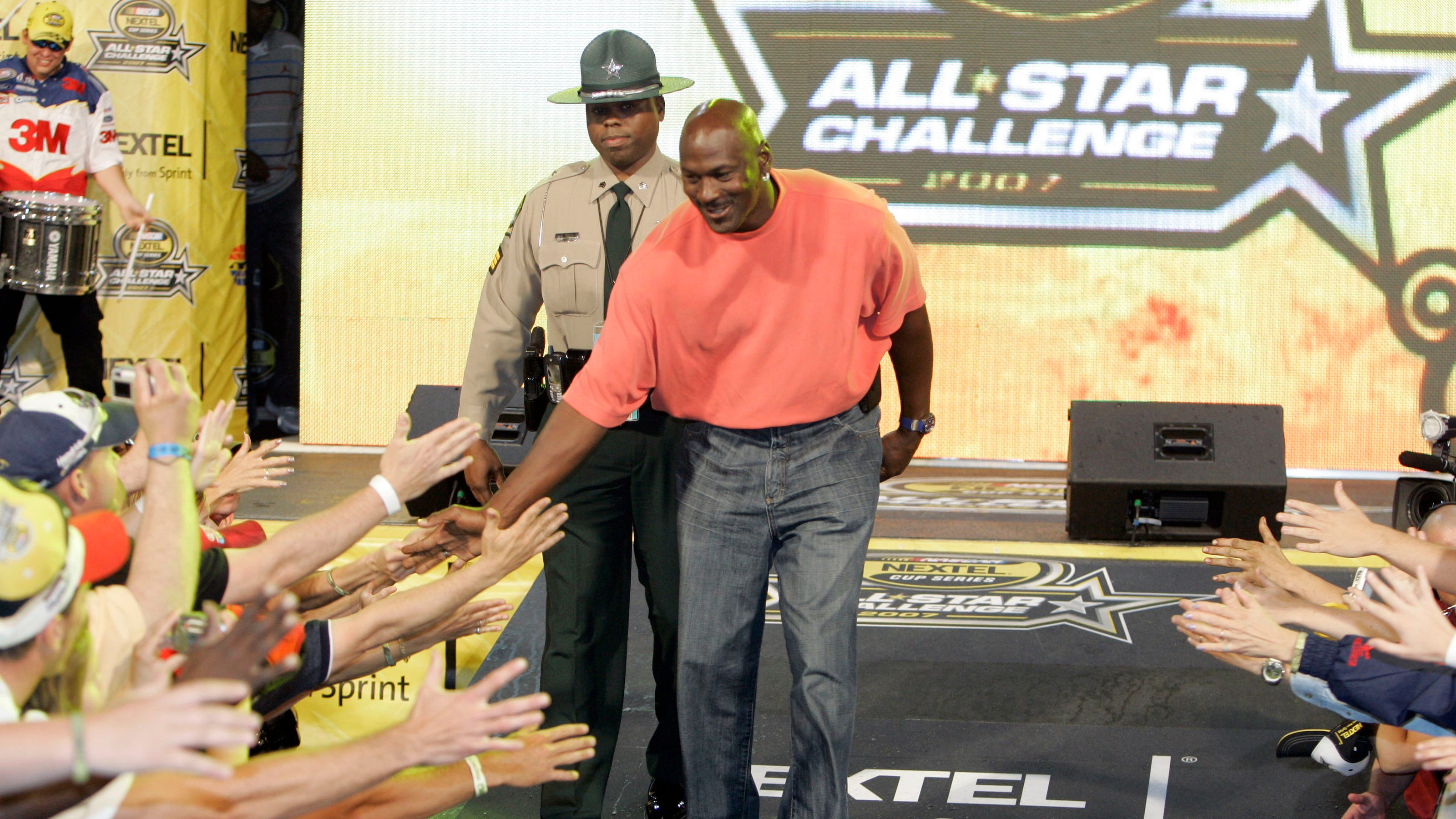 Michael Jordan, Denny Hamlin form new NASCAR team, hire Bubba Wallace as driver