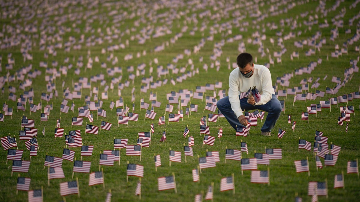 Memorial project honors COVID-19 deaths as US approaches milestone of 200,000 lives lost