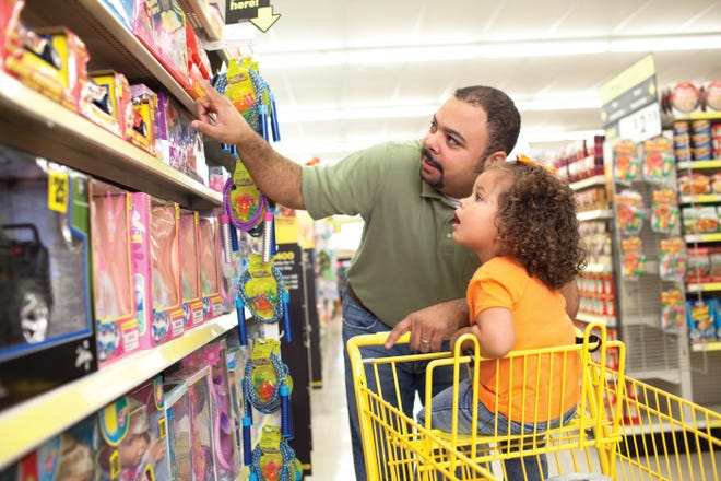 Dollar General officials hope to open its new store on Lincoln Way in the coming weeks.