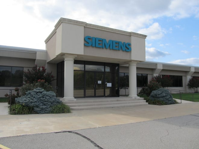 The city approved a deal with Tritanium Labs for the company to rent space in the former Siemens building, 408 NW US 60, for a manufacturing plant.