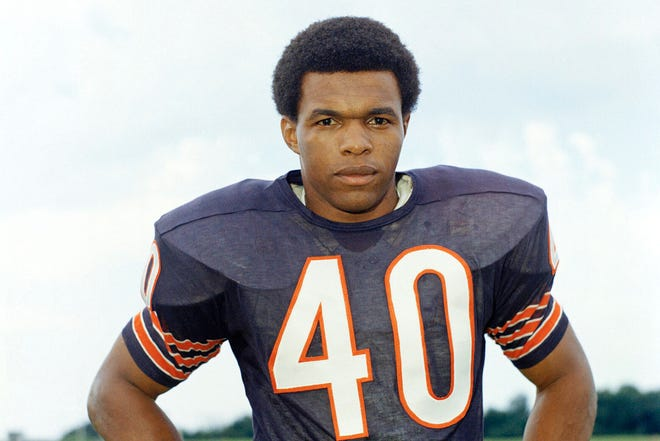 Hall of Famer Gale Sayers, who made his mark as one of the NFL's best all-purpose running backs, has died at the age of 77.
