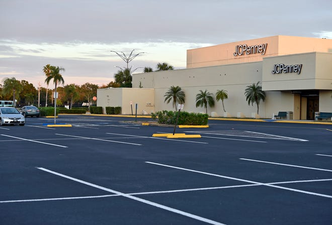 The JCPenney at DeSoto Square Mall in Bradenton. DeSoto Owners LLC filed for Chapter 11 protection on Tuesday.