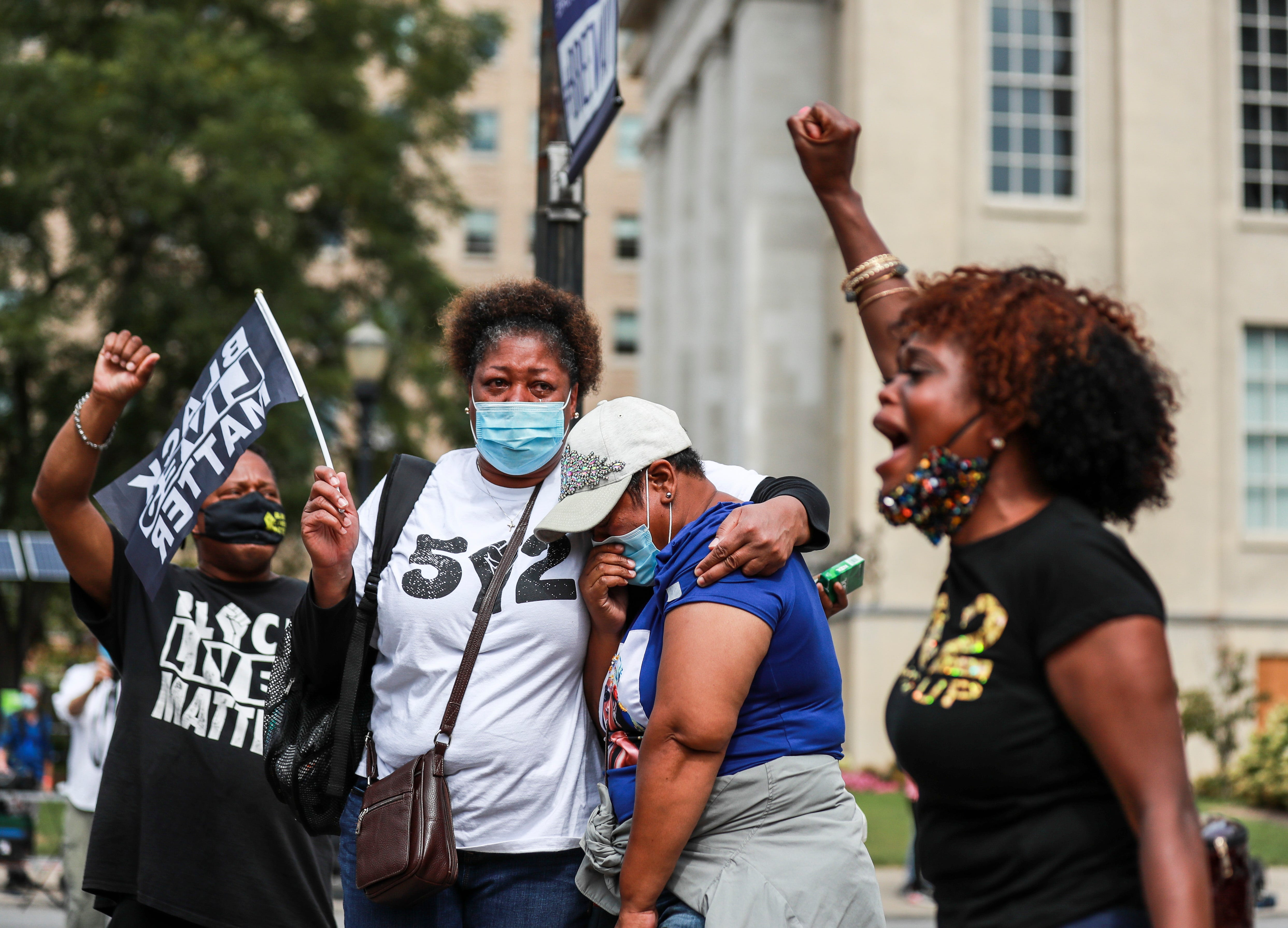 Breonna Taylor updates: Kentucky governor, Louisville mayor decline Trump s offer for federal help; BLM doubles down on demands