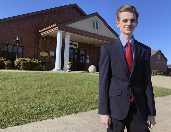 Garren Hamby has been personally selected by Gov. Bill Lee to serve as a student representative on the 11-person State Board of Education for the 2020–2021 school year. Hamby is only the third student selected in the past six years and the first by Lee.