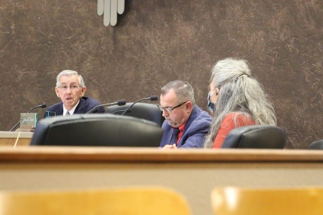 From left: Carlsbad Mayor Dale Janway, Carlsbad City Administrator John Lowe and Ward 1 City Councilor Lisa Anaya-Flores during the Sept. 23, 2020 Carlsbad City Council meeting.