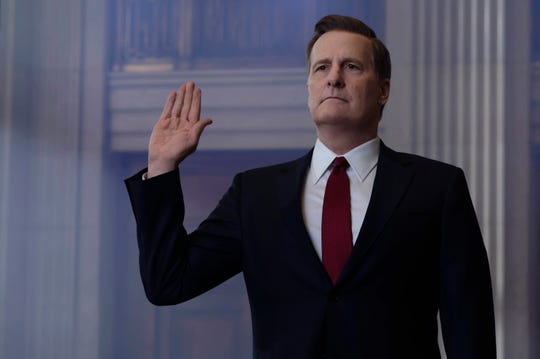 Jeff Daniels, who stands 6-foot-3, says he wore two-inch lifts and acted the other three inches to approximate the height of FBI Director James Comey in Showtime's 'The Comey Rule.'