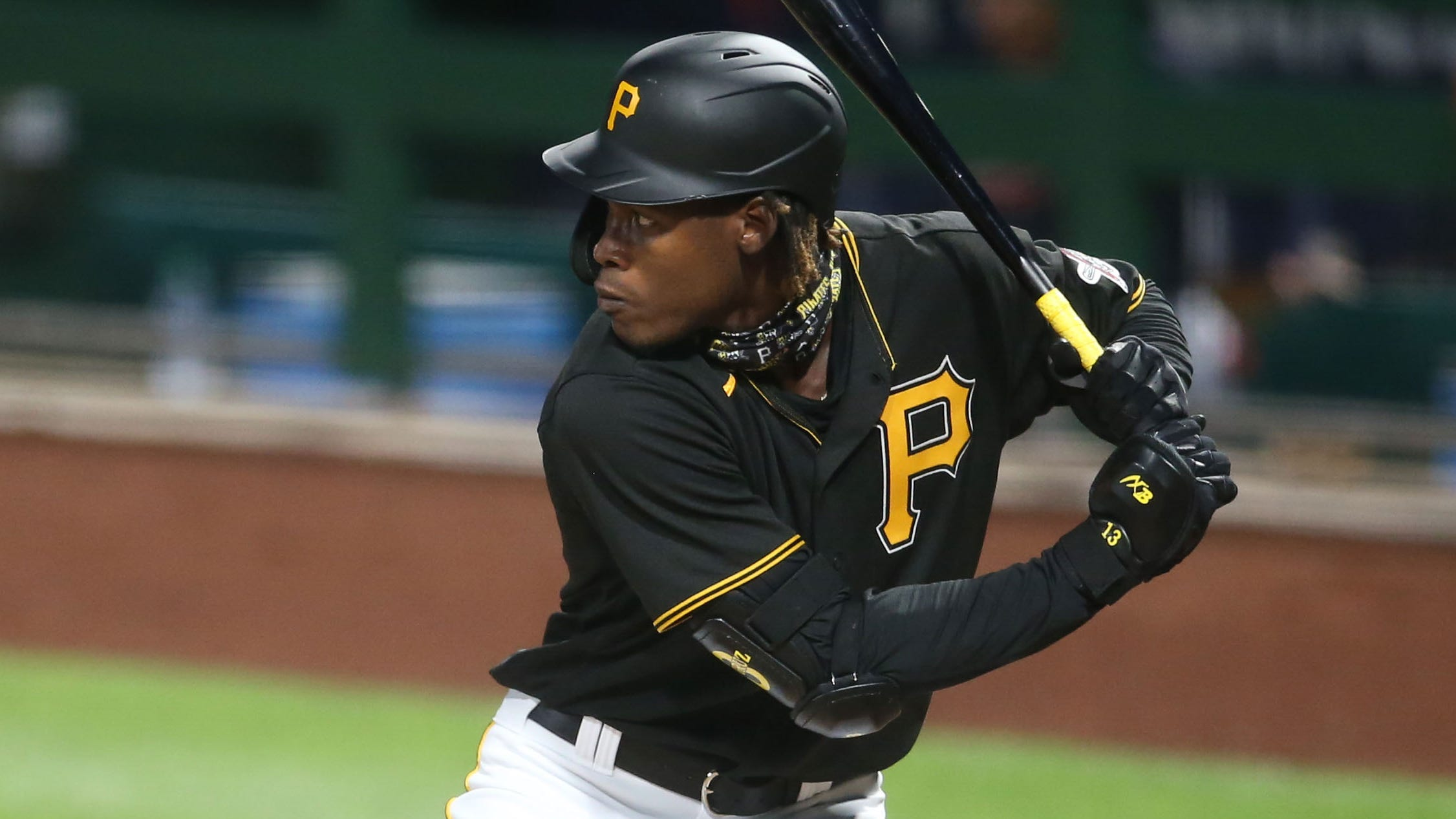 Pirates prospect Oneil Cruz under influence of alcohol in crash that killed three in Dominican Republic, per reports