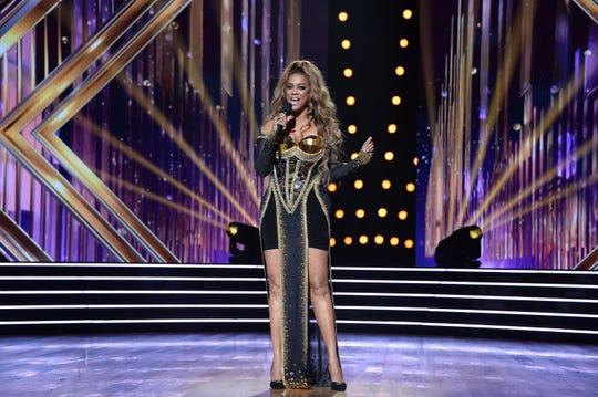 "Tyra Banks hosted the second ""DWTS"" of the season."
