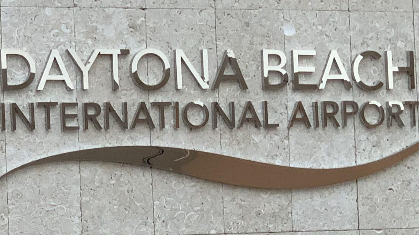 All clear: Daytona Beach International Airport reopens after bomb threat forces evacuation