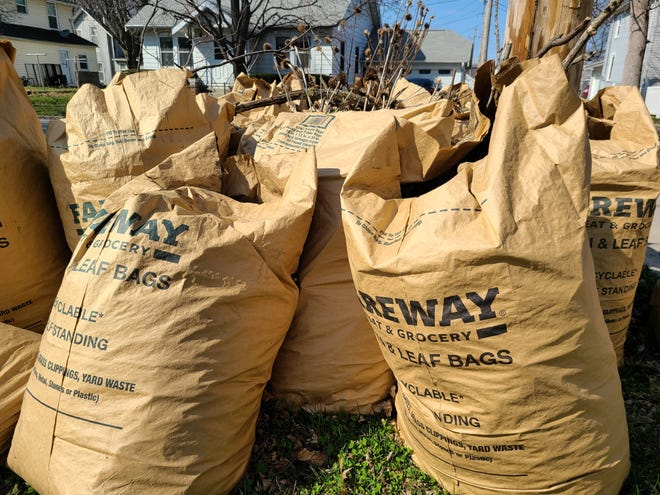 Residential curbside yard waste pickup will continue on Wednesdays from Oct. 13 through Dec. 8.