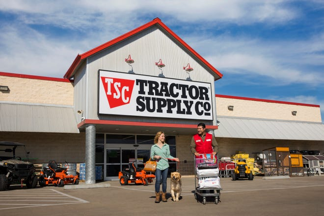 "A Tractor Supply Co. store is planned for Leland on Carol-Lynn Drive, off U.S. 17, near the interchange with Interstate 140. Tractor Supply Co. bills itself as the ""nation's largest rural lifestyle retailer"" and carries products for home, land, pets and animals."