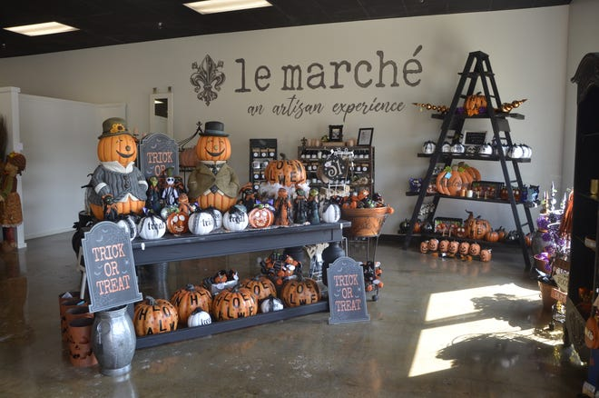 Artisan market Le Marche opened for the public in the St. Clair Riverview Plaza on Sept. 24, 2020.