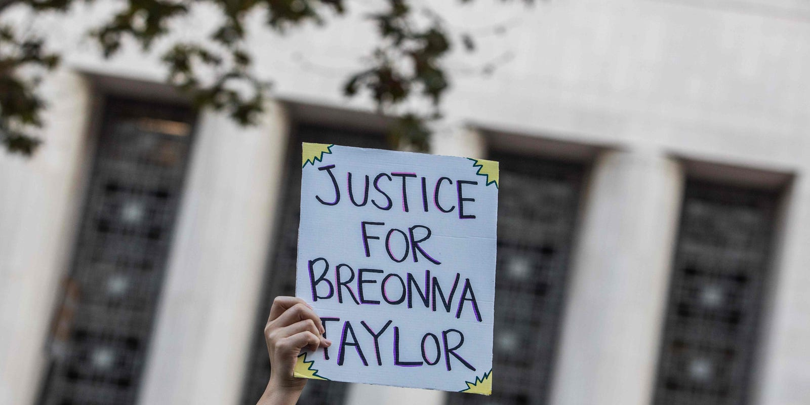 Breonna Taylor Prosecutors Can T Charge Officers Without Evidence