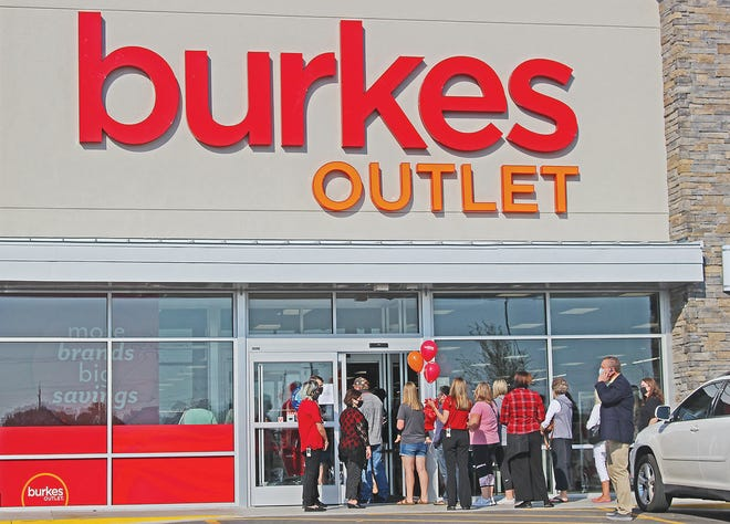 The official grand opening of Burkes Outlet in Bartlesville was held Friday morning. Shoppers browsed through an assortment of name-brand merchandise, which the store says are offered at large discounts. The store, located in the former Kmart building, is the latest retail site to open in The Shops at Turkey Creek (501 SE Washington Blvd.), joining Ollie's Bargain Outlet and Dollar Tree.