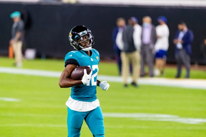 Jacksonville Jaguars wide receiver Dede Westbrook (12) warms up before the Jacksonville Jaguars vs. Miami Dolphins game on NFL Thursday Night Football at TIAA Bank Field in Jacksonville, FL on Thursday, September 24, 2020.