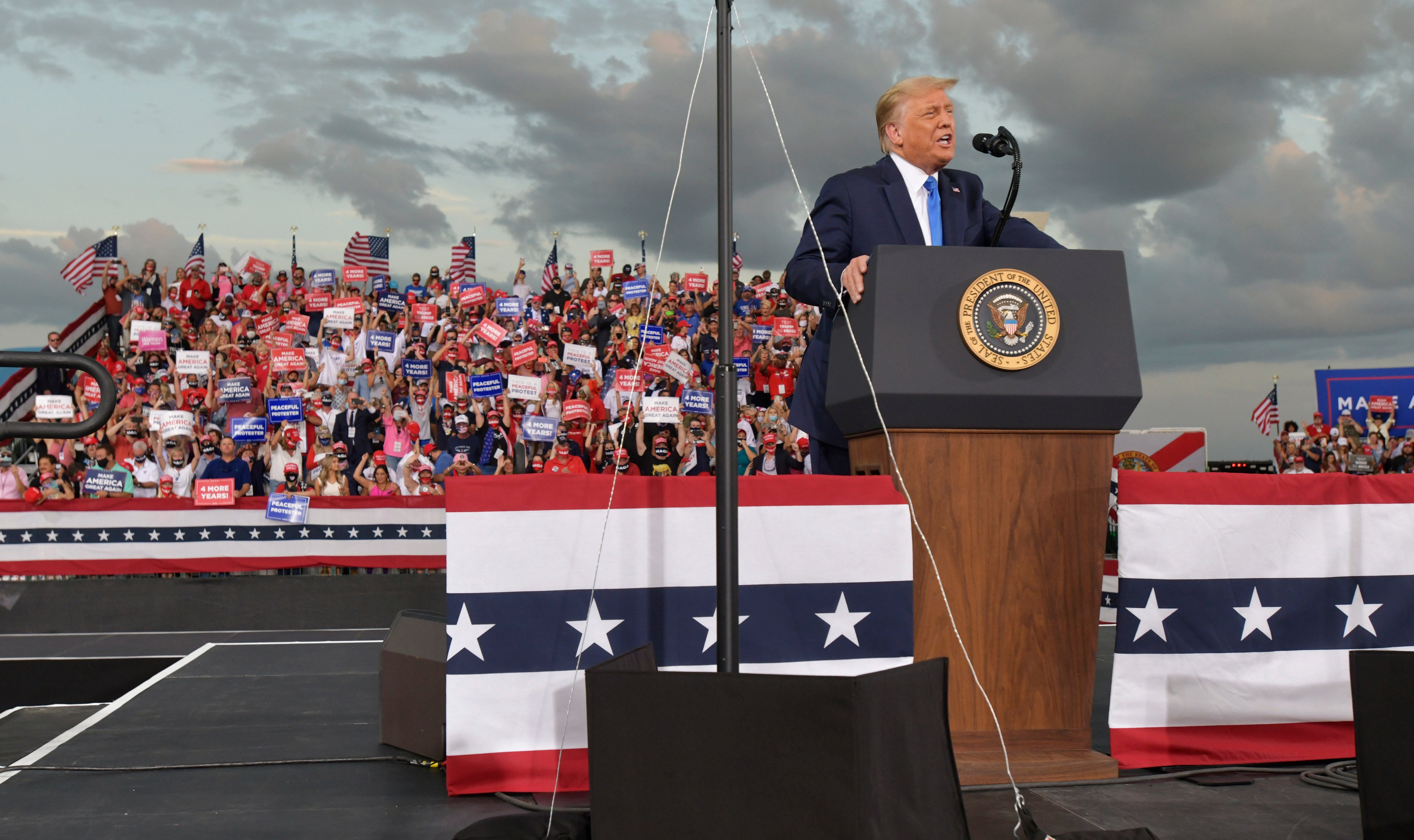 Trump campaigns in Jacksonville, calls for Biden to release list of Supreme Court choices