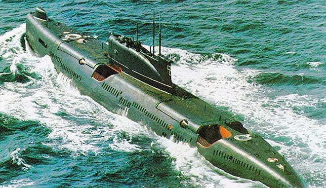 A Soviet diesel attack submarine. Source; Wikicommons