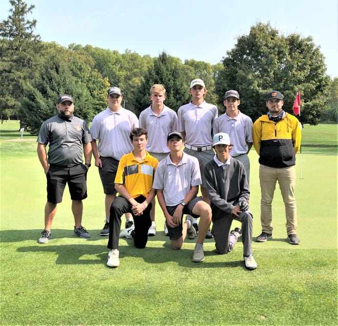 The Bloom-Carroll boys golf team won the Mid-State League-Buckeye Division championship, finishing with a 22-1 league record. Fairfield Union finished second.