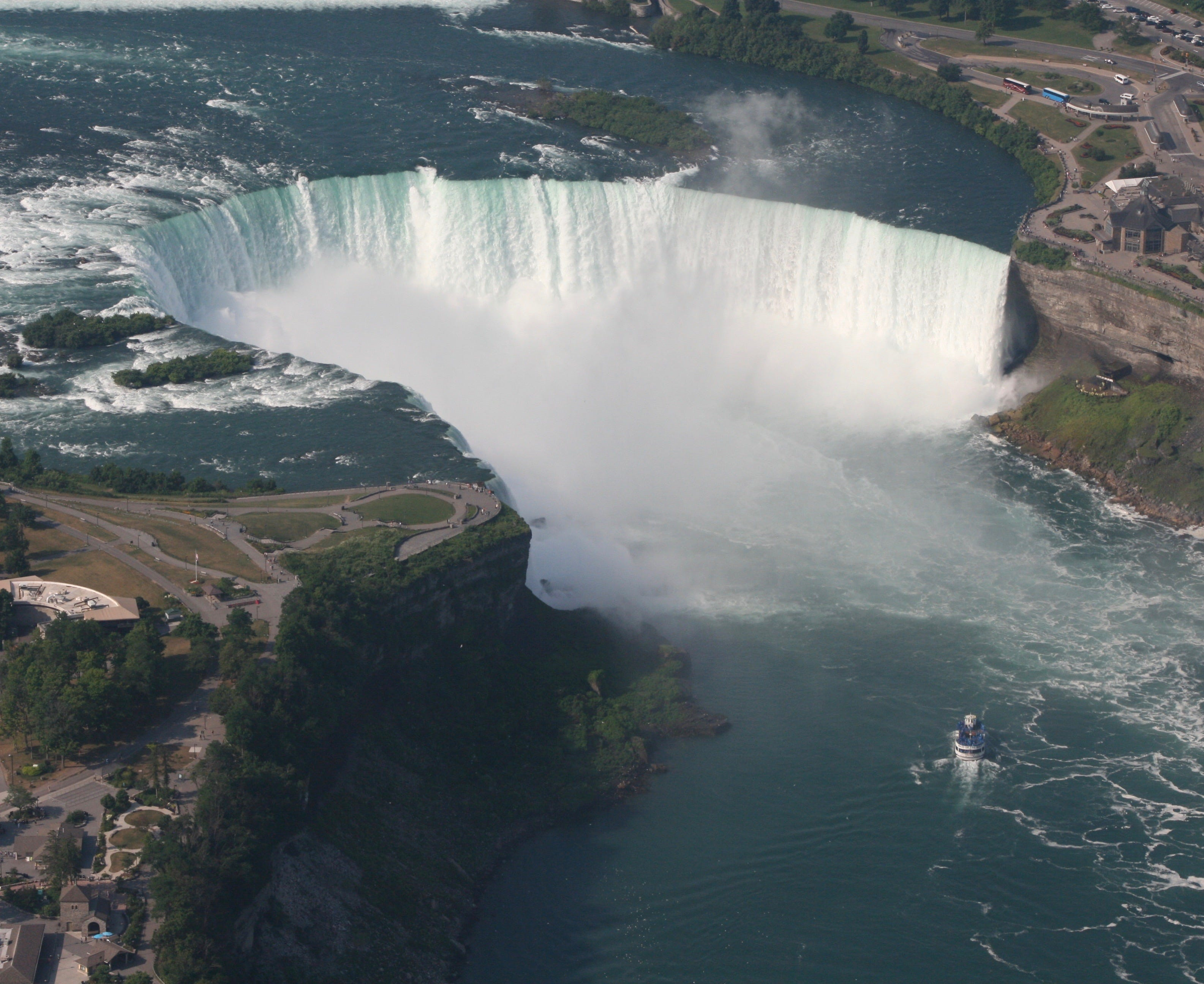 Niagara Falls: Take a photo tour of the iconic park