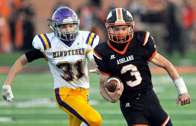 Ashland High's Declan Rohr (3) runs with the ball during a high school football game against Lexington on Friday at Ashland Community Stadium.