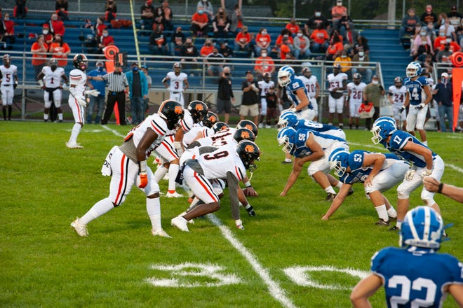 Ellwood City and Beaver Falls lined up Friday night at Helling Stadium.