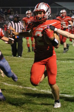 Elgin's Cy Starcher was the winner of the Marion Star Football Player of Week 5 Poll.