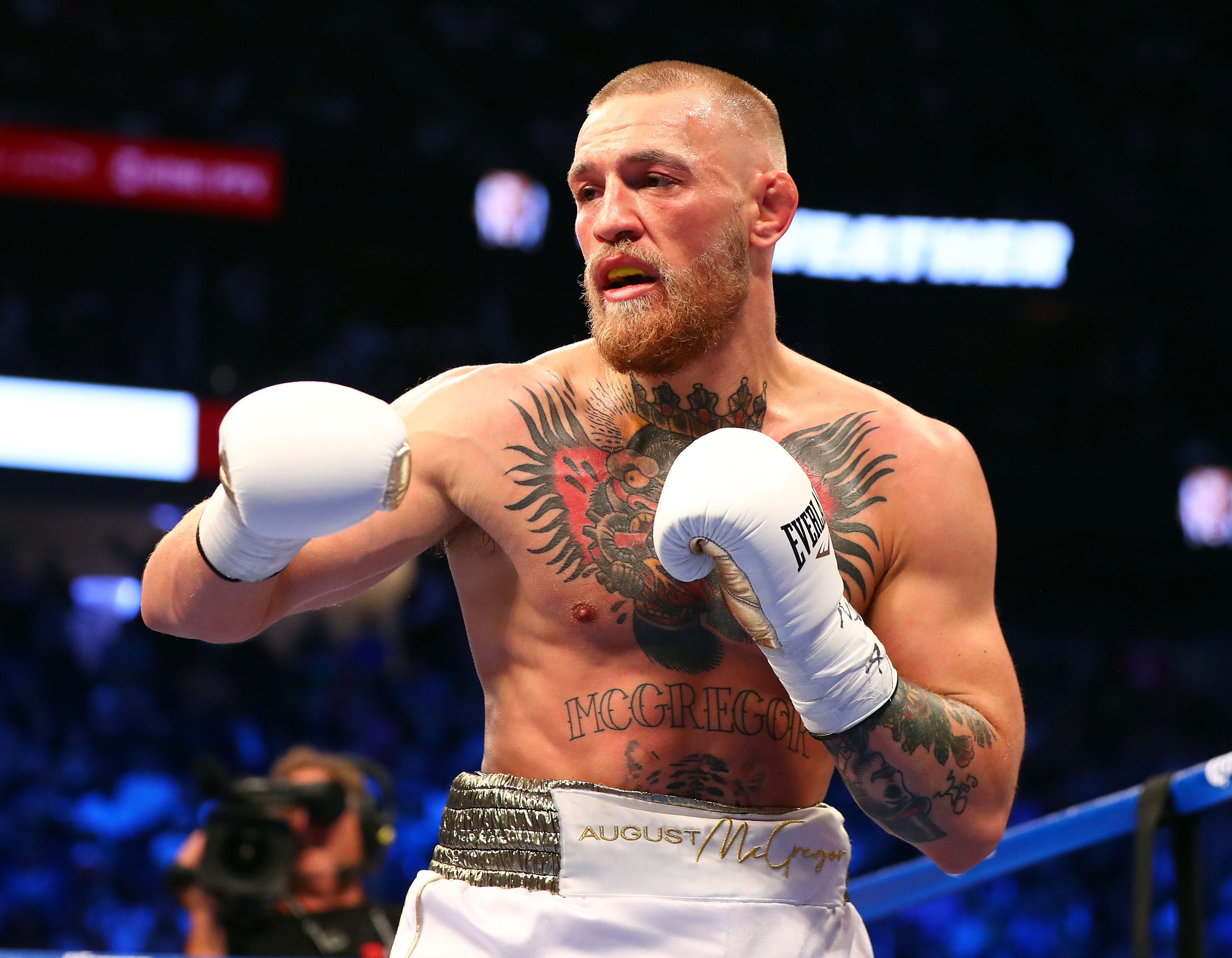 Conor McGregor accepts UFC offer to fight Dustin Poirier on Jan. 23
