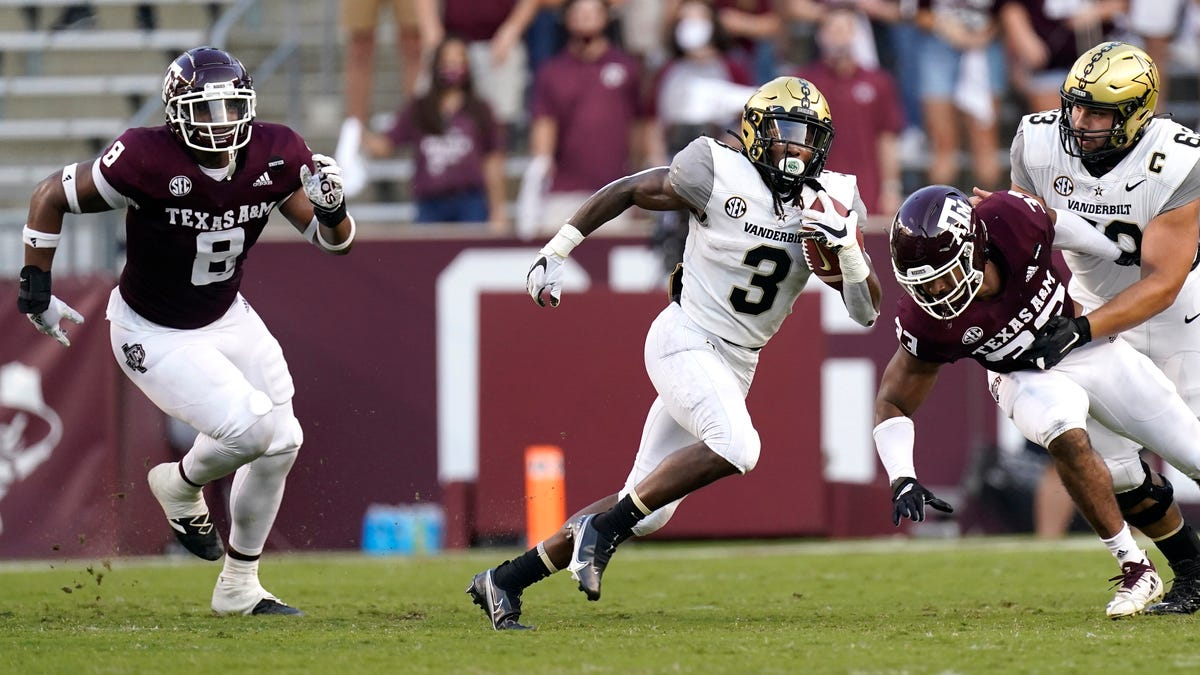 Texas A&M 17, Vanderbilt 12: What we learned in Ken Seals' debut