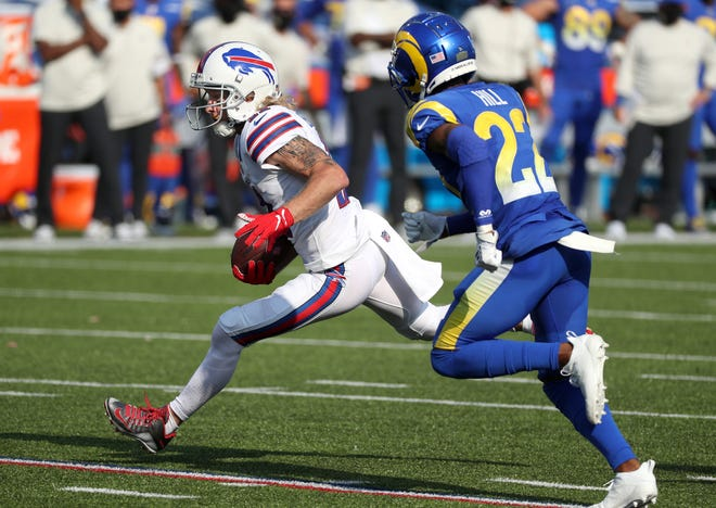 Bills receiver Cole Beasley had six catches for 100 yards against the Rams.