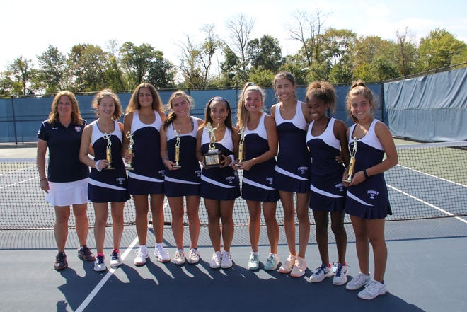 The Pingry girls tennis team won its second-straight Somerset County Tournament title last year.