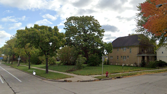 An urban garden and community education center is being proposed for a vacant lot near West Walnut and North 15th streets.