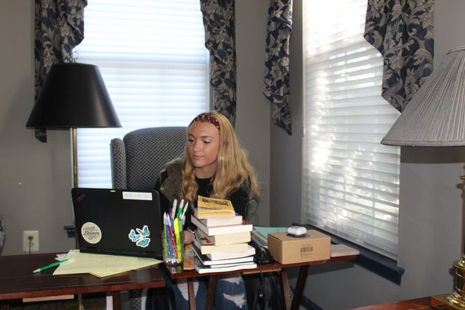 Faced with returning to the classroom in person or staying at home and continuing virtual learning, Reality panelist Ashley Corso is choosing the latter.