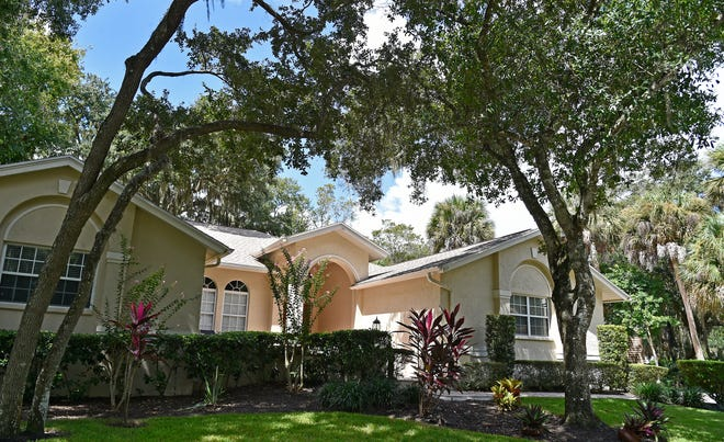A sale is pending for this home at 4734 E. Trails Drive, Sarasota, with an asking price of $499,000.