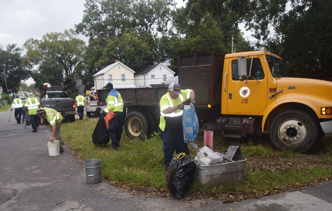 Crews from New Bern Public Works fanned out in the neighborhoods around Craven Terrace on Sept. 25 for a Phase II cleanup, initiated by the Redevelopment Commission.