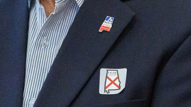 Voters who submit an online testimonial about the veteran they're honoring with their vote can receive a lapel pin while voter at the polls on Election Day can get the new sticker.