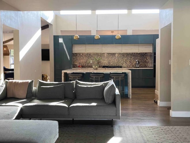 The Scottsdale family worked to maintain the kitchen's midcentury feel.